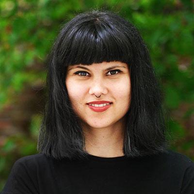 Мануела Попова